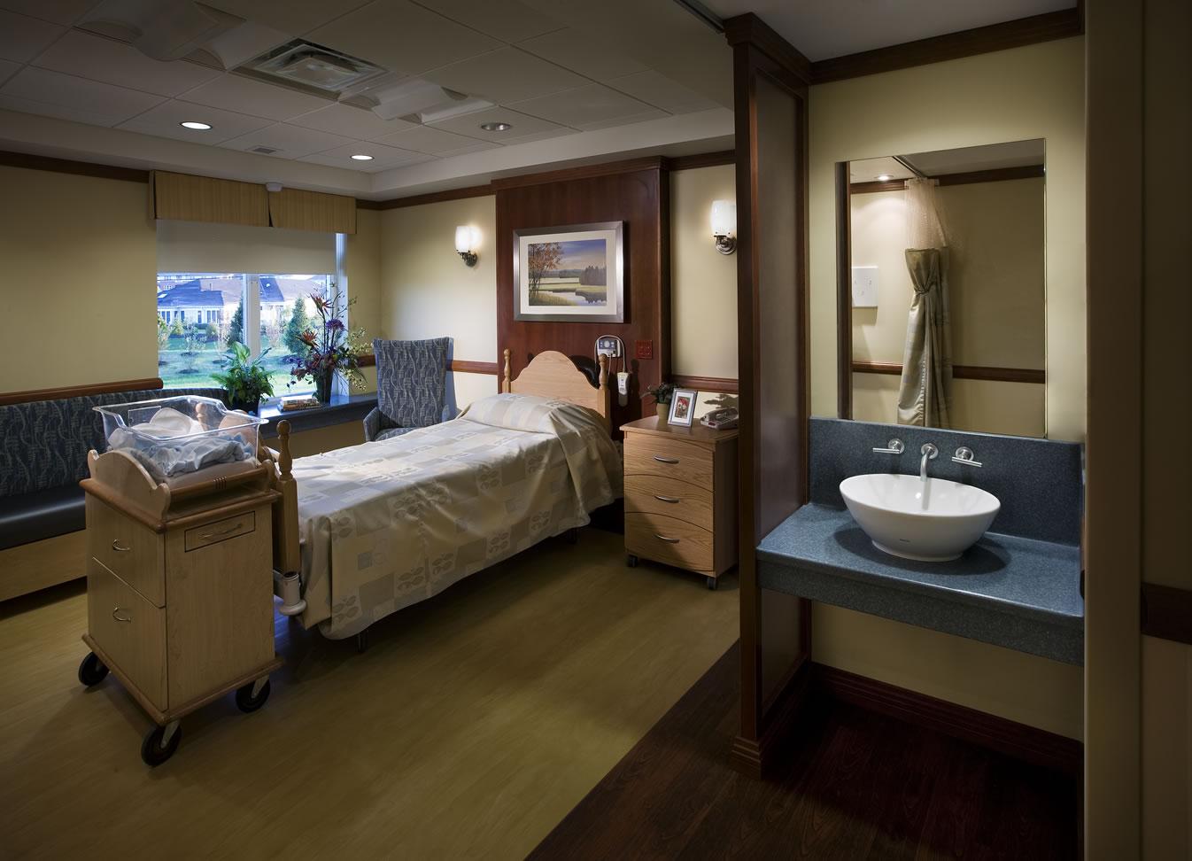 Exterior: Lancaster General Women & Babies Hospital